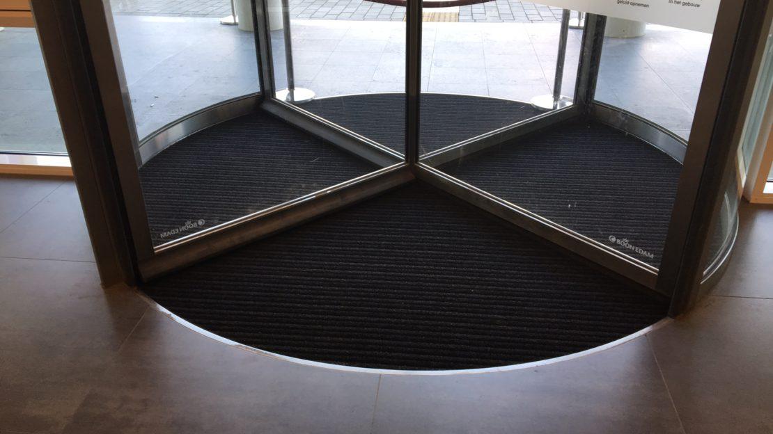 Draaideur mat